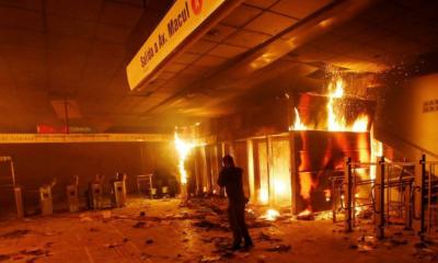 Şili'de halk ayaklanması: OHAL ilan edildi, ordu sokağa indi
