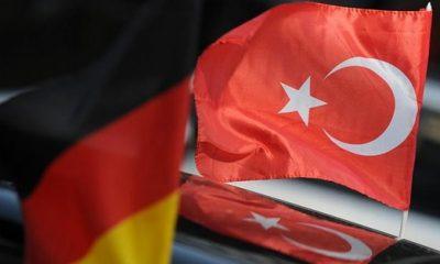 Almanya vatandaşları Türkiye'yi dünya barışına tehdit olarak görüyor
