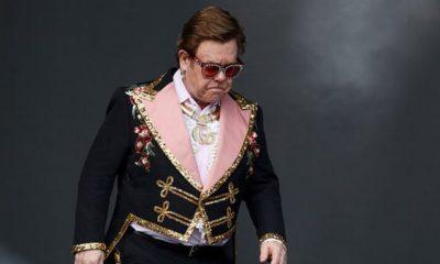 Zatürre teşhisi konulan Elton John, 'Şarkı söyleyemiyorum' diyerek ağladı ve konserini yarıda kesti