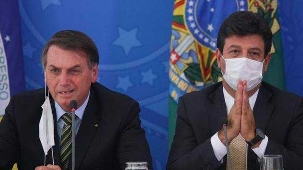 Brezilya Devlet Başkanı 'sosyal mesafe ve evde kalınması' tavsiyesinde bulunan Sağlık Bakanı'nı kovdu