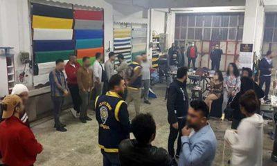 Pavyona çevrilen depoya baskın; eğlenen 14 kişiye 60 bin TL ceza
