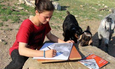 Eserleri doğayı süsleyen 'Çoban ressam'
