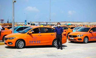 İstanbul Havalimanı taksicilerinden İBB'nin yeni taksi projesine tepki: 'Taksiciler aç geziyor'