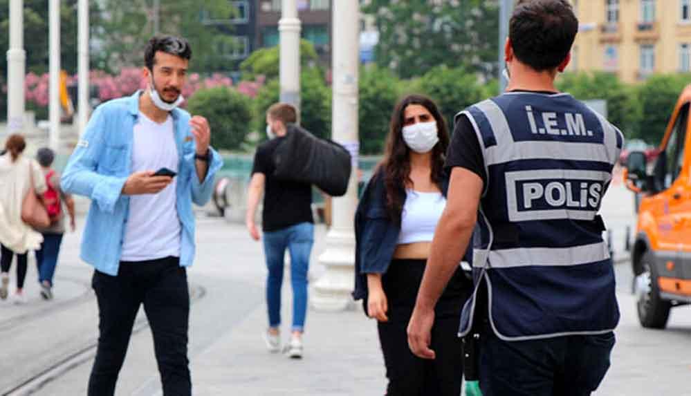 İstanbul'da maske takmamanın cezası 900 lira