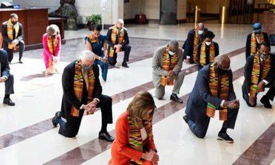 ABD'de Demokrat Kongre üyeleri, George Floyd'u diz çökerek andı