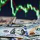 TL'nin değer kaybı gün geçtikçe artıyor: Dolar ve Euro yeni rekorlara koşuyor