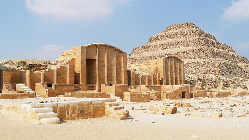 Sakkara nekropolünde yaklaşık 2.500 yıl öncesine ait 14 yeni lahit bulundu
