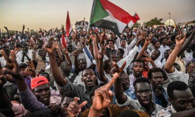 Sudan'da şeriatın sonu: 30 yıllık İslami yönetim sona erdi