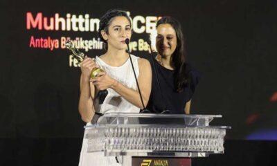 Altın Portakal'da En İyi Film ödülünü 'Hayaletler' kazandı
