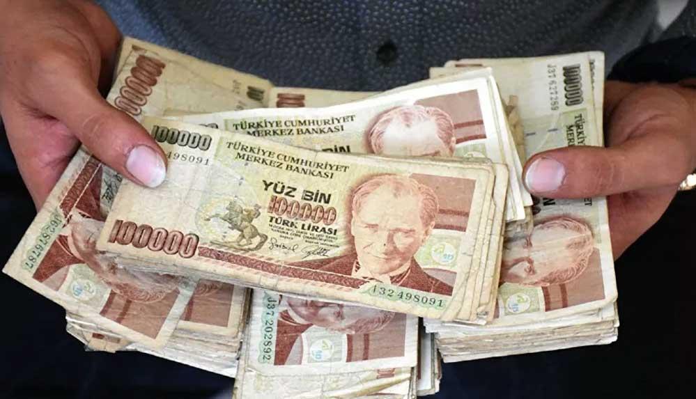 Babasının biriktirdiği eski paraları internetten 500 bin liraya satışa çıkardı