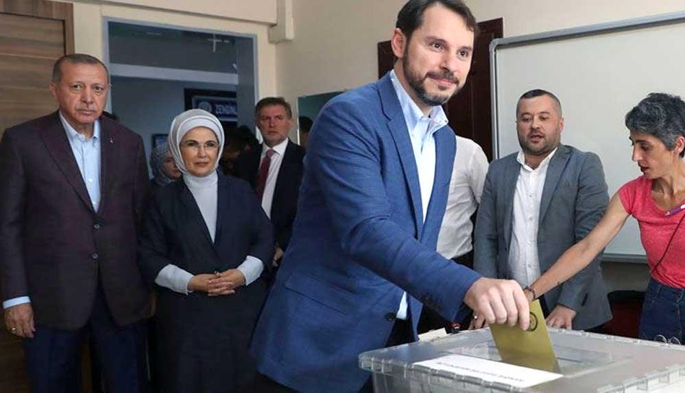 """""""Berat Albayrak Genel Başkan olacak"""" iddiası: """"Genel Başkanlık ile Cumhurbaşkanlığı ayrılacak"""""""