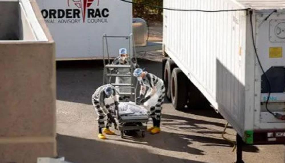 ABD'de mahkumlar saati 2 dolara koronavirüsten ölenleri morga taşıyor