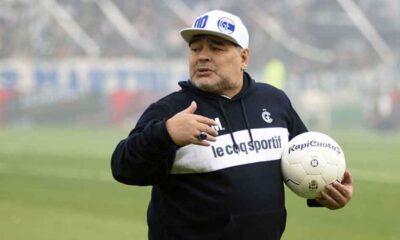 Maradona kimdir, neden öldü? Diego Maradona kaç yaşında öldü?
