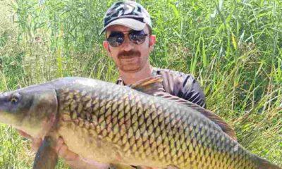 """""""Büyük balık tutuğumuz zaman çok seviniyoruz hatta balığa sarılıyoruz, fotoğraf çekiyoruz"""""""