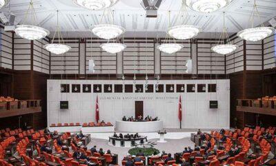 Gri pasaport için 'Dışişleri Komisyonu toplansın' talebine de iktidardan ret geldi