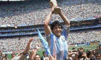 Kadın futbolcudan Maradona için saygı duruşuna protesto: Bir tecavüzcü, pedofil ve tacizci için bunu yapmayı reddettim