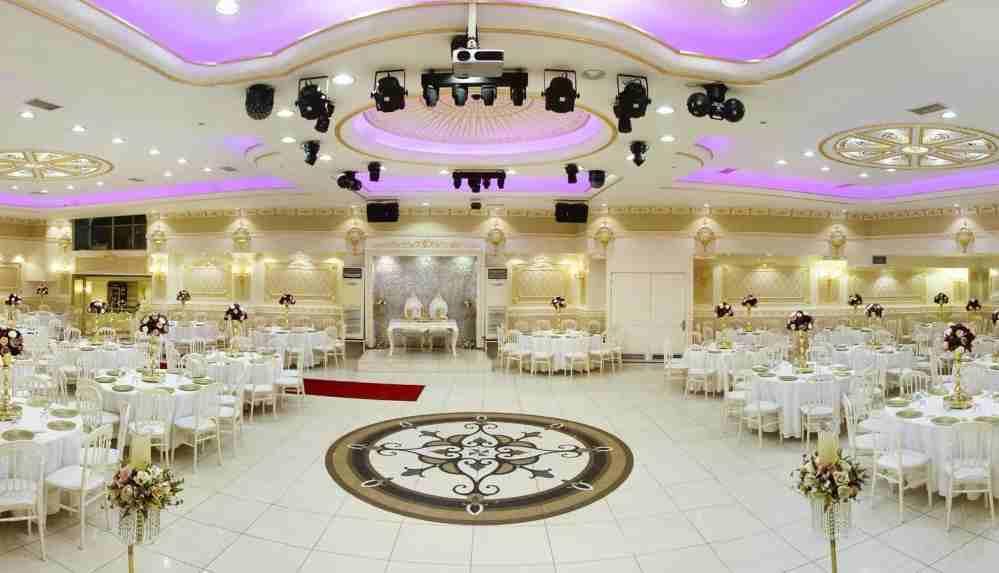 Kısıtlamalardan düğün salonları da etkilendi... Düğün saatlerinde değişiklik yapıldı