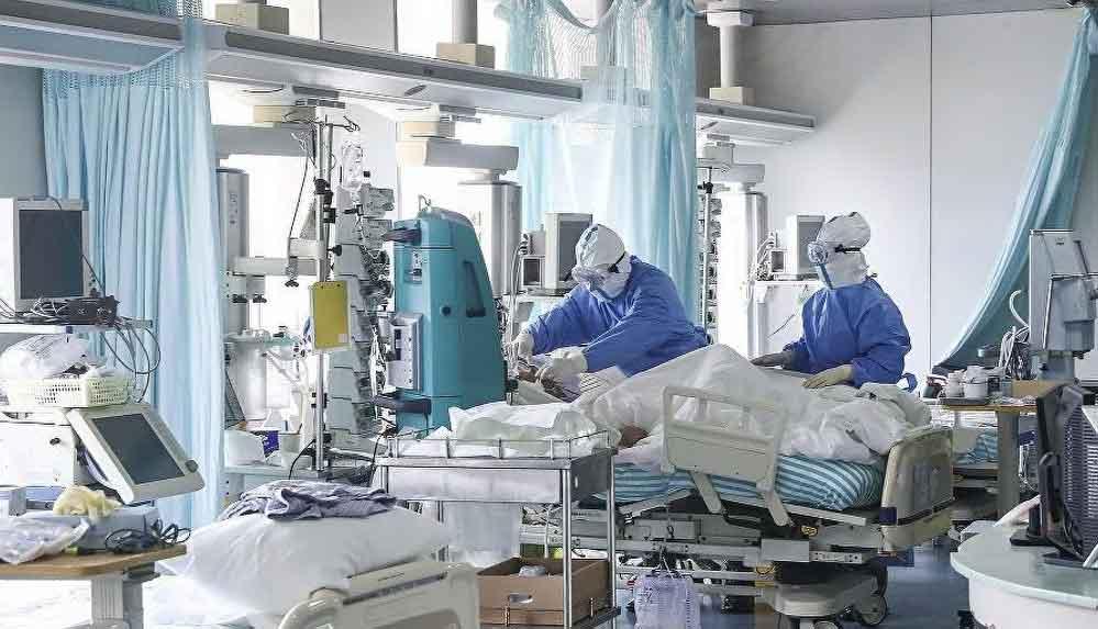 """TTB: """"Vakalar yeniden arttı, hastaların yüzde 30'unda mutant virüs var"""""""