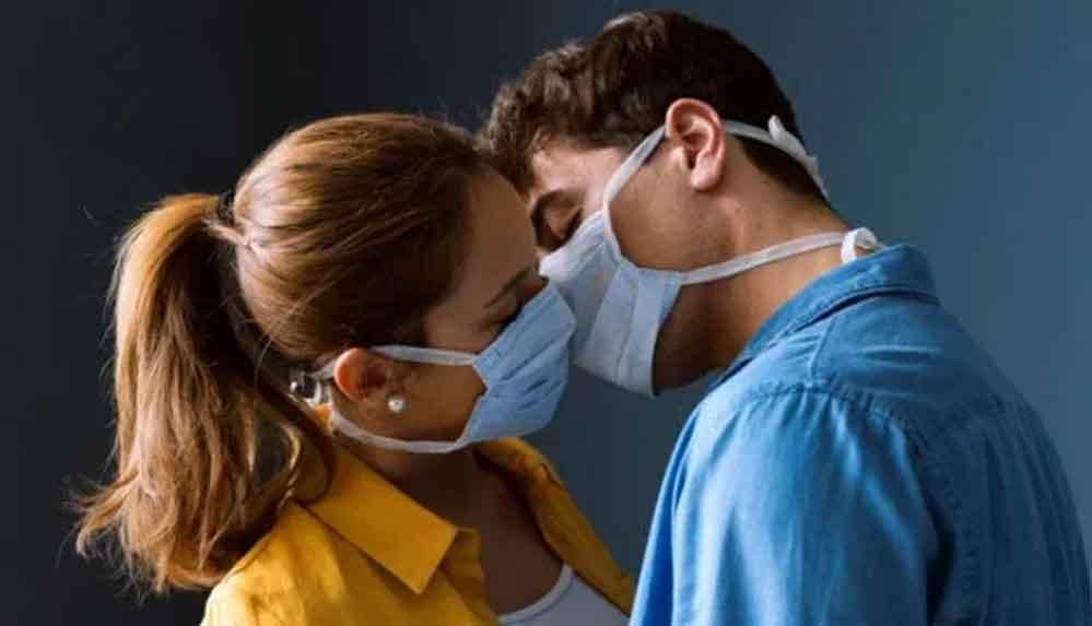 Koronavirüsün en kolay ağızda çoğaldığı tespit edildi