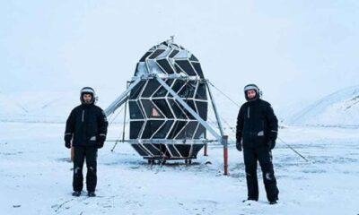 Ay'daki yaşam koşullarını deneyimlemek için 2 ay barınakta kaldılar