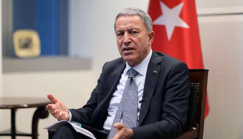 'Sözde Cumhurbaşkanı' polemiğinde Akar: TSK Başkomutanlık makamına saygısızlıktır