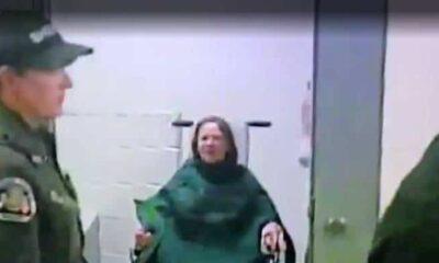 Çıplakken tutuklanan kadına 2.4 milyon dolar ödendi