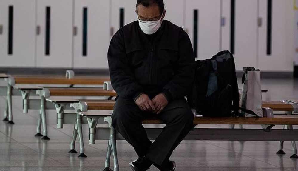 Hasta olduğunu saklayıp işe gitti, iki ayrı salgın başlattı