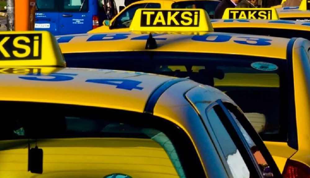 """İstanbul Taksiciler Esnaf Odası Başkanı'ndan taksi bulamama sorununa çözüm: """"Zam yapılırsa sorun çözülür"""""""