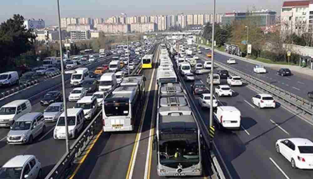 İstanbul'da toplu taşıma kullanımı azaldı