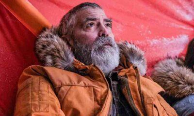 Rol için 12 kilo veren Clooney hastaneye kaldırıldı
