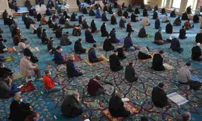 Diyanet açıkladı: Bayram namazı camide kılınabilecek mi?