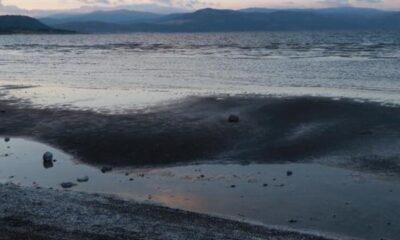 Salda Gölü'nde kuralıktan dolayı adacıklar oluştu