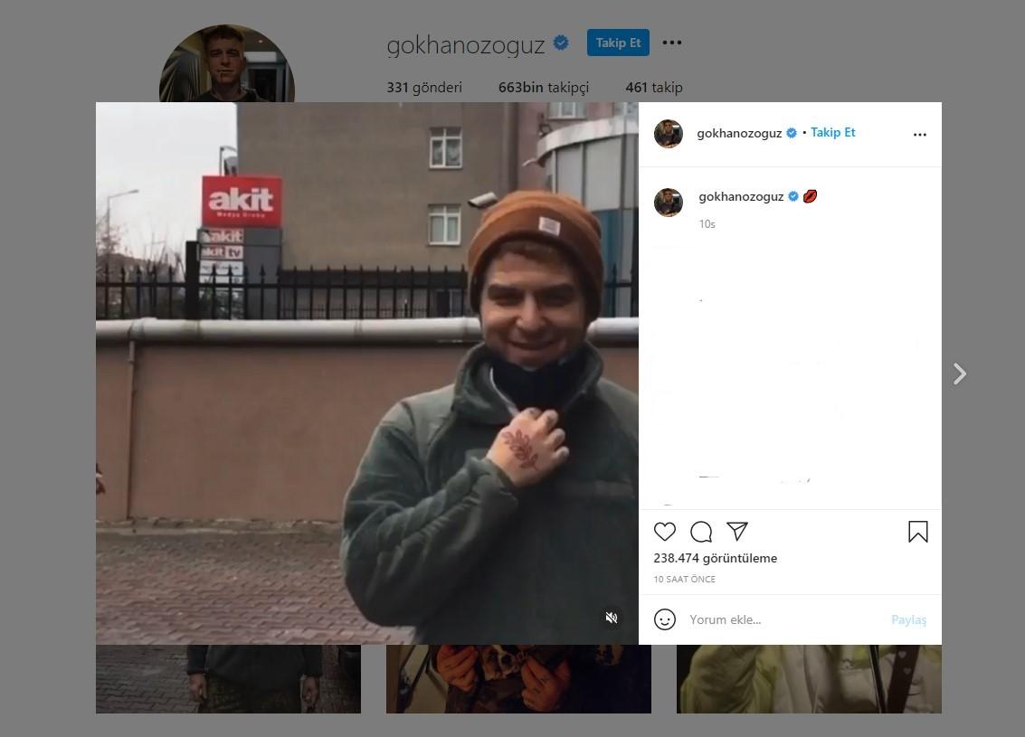 Gökhan Özoğuz Akit'in önünde çektiği video sosyal medyanın gündemine oturdu