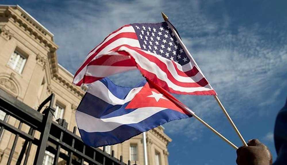 """ABD, Küba'yı """"terörü destekleyen"""" ülkeler listesine aldı"""