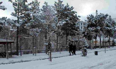 Ankara'da yoğun kar yağışı başladı
