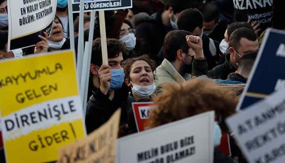 """Boğaziçililerden Erdoğan'a """"terörist"""" yanıtı: Öğrenciyiz"""