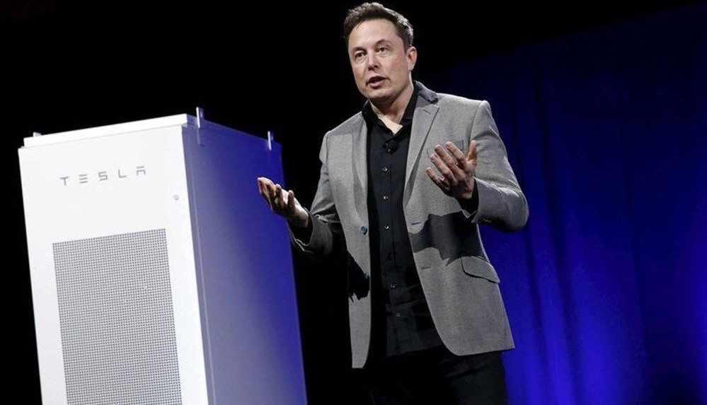Elon Musk'tan WhatsApp'ın kararına tepki!