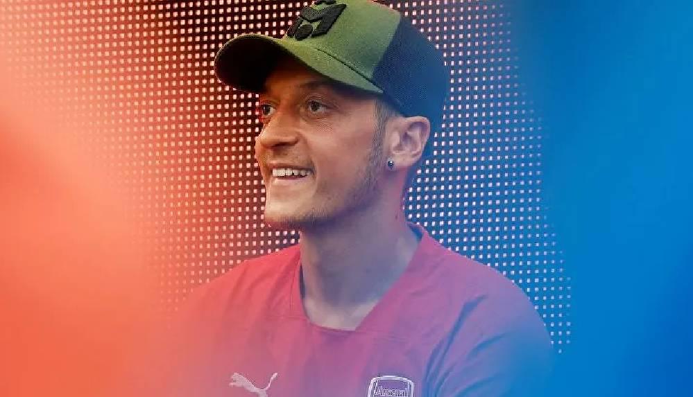 Fenerbahçe, Mesut Özil transferi için Acun'un uçağı ile Londra'ya gidiyor