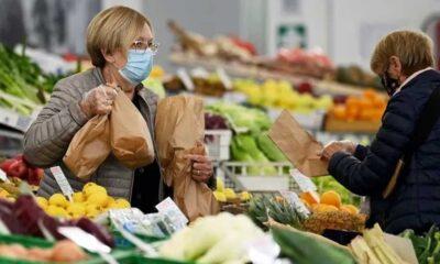 Fransızlar kıtlık korkusuyla gıda stoklamaya başladı