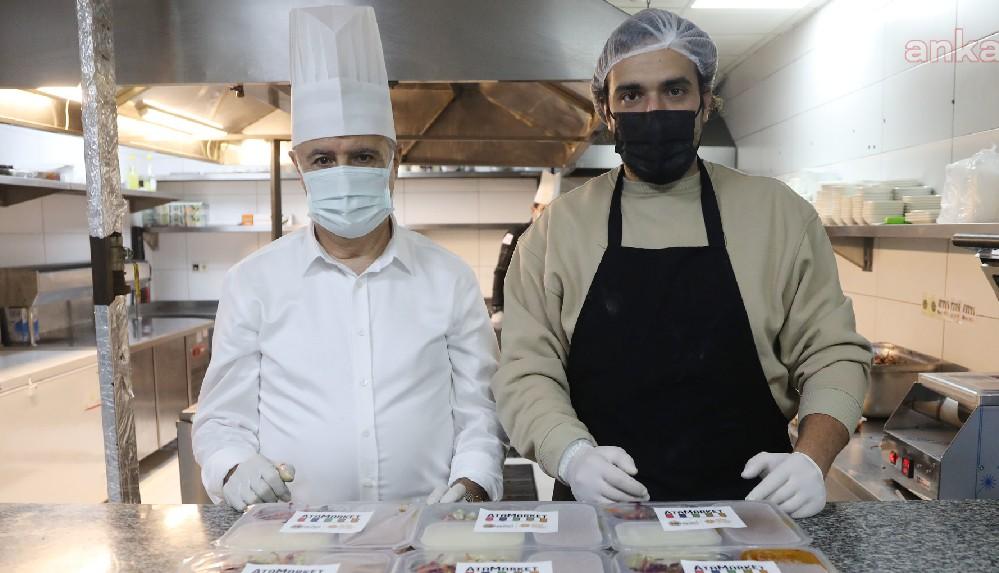 MasterChef Barbaros ile Atakum Belediye Başkanı Deveci pendemi destek ekibi için mutfağa girdi