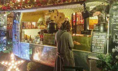 Noel partisine davet edilmedi: 100 bin liralık dava açtı