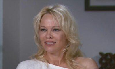 """Pamela Anderson sosyal medyaya """"Artık özgürüm"""" diyerek veda etti"""