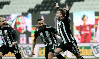 Yenilmezlik serisini 9 maça çıkaran Beşiktaş, Süper Lig'in ilk yarısını lider tamamladı