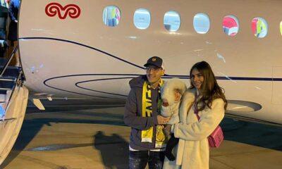 Fenerbahçe'nin yeni transferi Mesut Özil'i taşıyan uçak İstanbul'a iniş yaptı