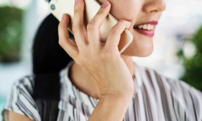 """""""10 dakika telefonla konuşmak daha az yalnız hissetmeye yetiyor"""""""