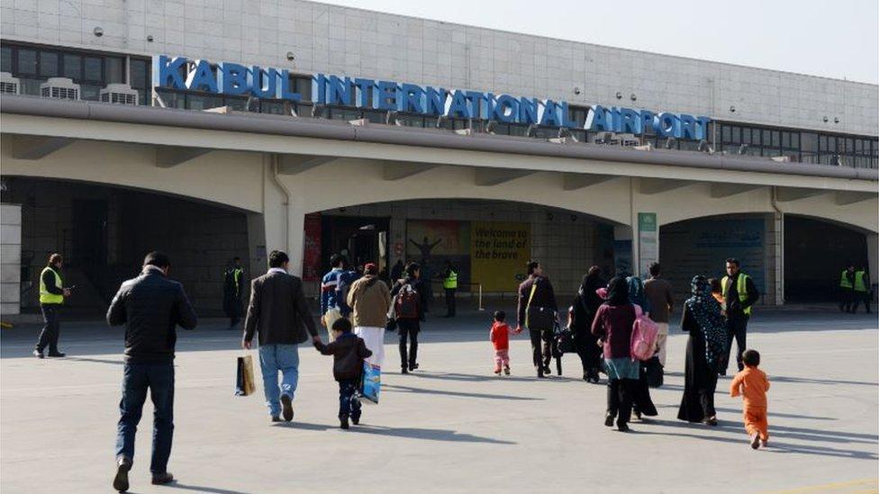 Yolcular seyahat kısıtlamasına takılmamak için sahte Covid-19 testlerine başvuruyor