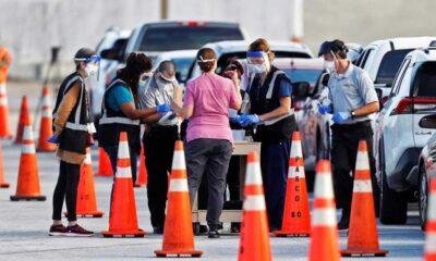 ABD'de Kovid-19 aşısı için yaşlı kılığına giren iki kadın yakalandı