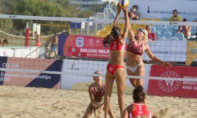 Alman plaj voleybolu yıldızlarından turnuvada bikini giymelerine izin vermeyen Katar'a boykot