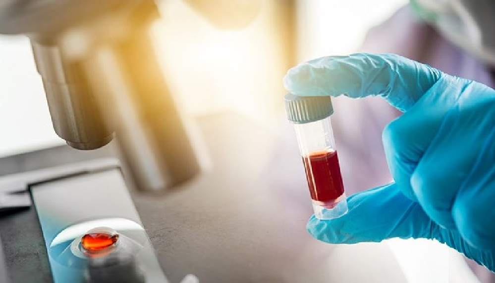 """""""Vücudum aşıdan sonra antikor üretmedi"""" diyen Hintli, yetkilileri polise şikayet etti"""