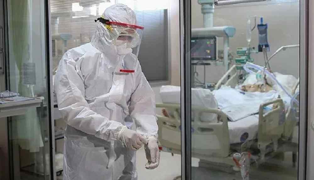 'Asistan hekimler yönetmeliğe aykırı olarak uzun süre çalıştırılıyor'